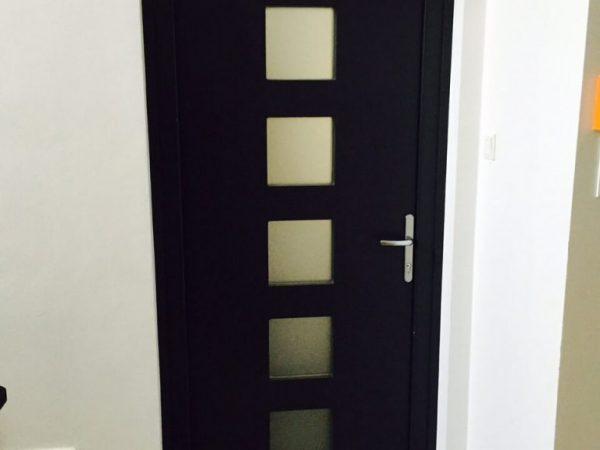 egyedi-bejarati-ajto