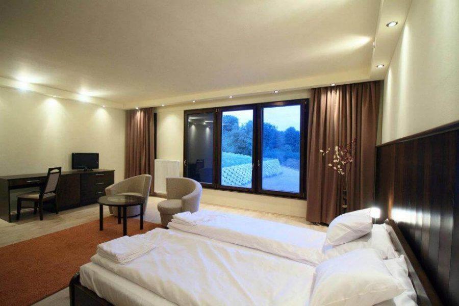 egyedi-nyilaszaro-hotel-16